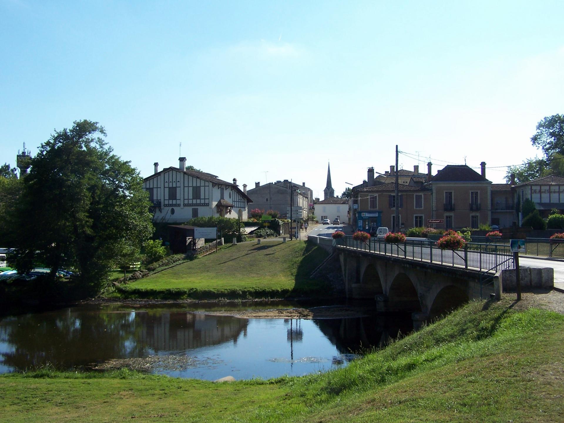 Villandraut pont